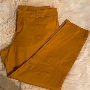 Old Navy gold skinny pixie pants